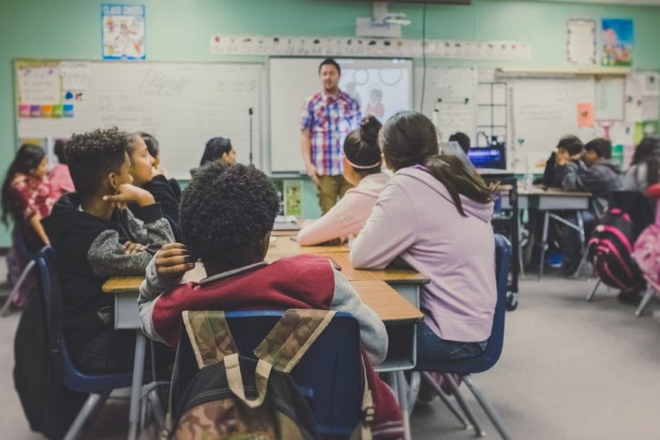 the characteristics of an effective at-risk school